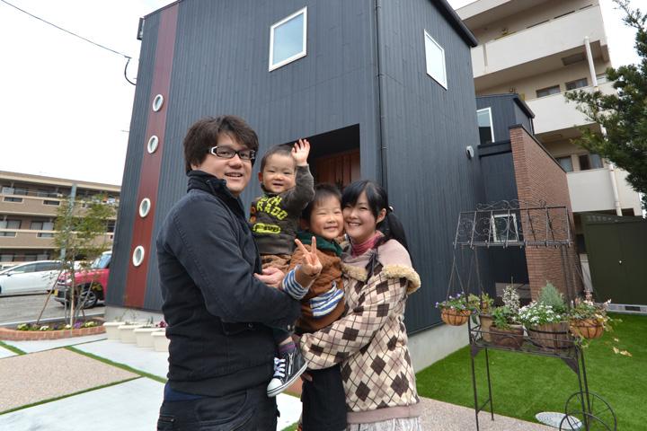 4okyakusamakoe_yonekaru-family_thum